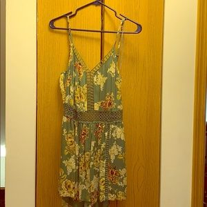 Romper-took tags off but was never worn